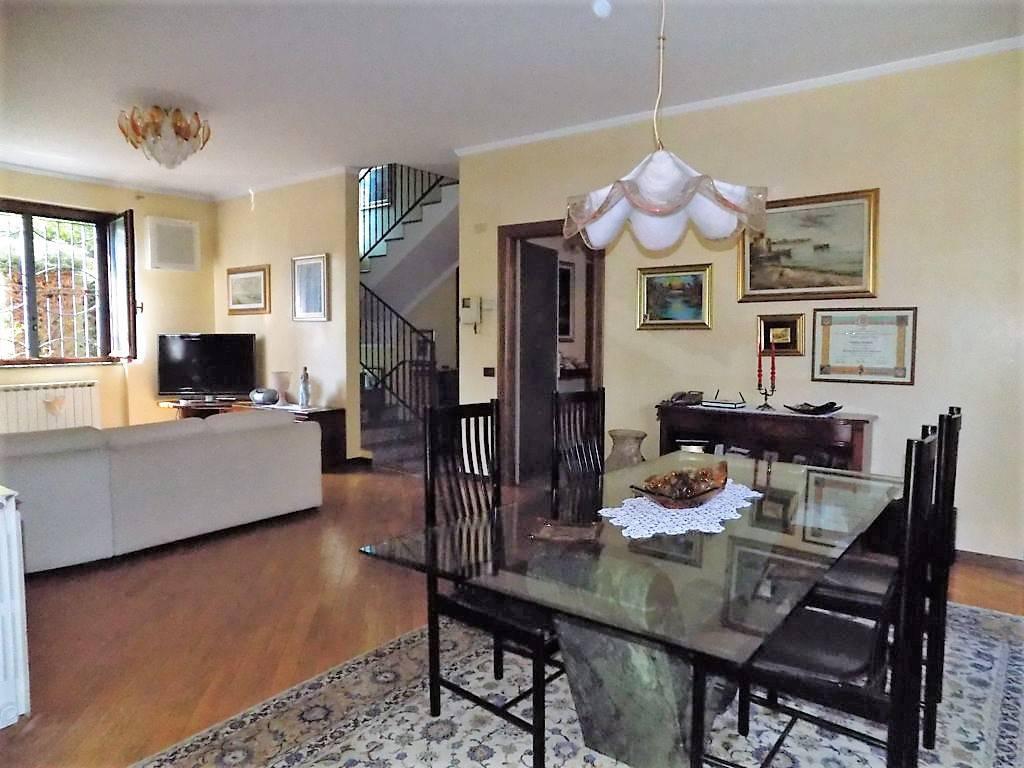 Villa-in-vendita-a-Arcore-in-Brianza-12
