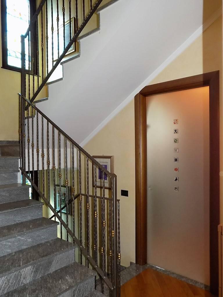 Villa-in-vendita-a-Arcore-in-Brianza-13