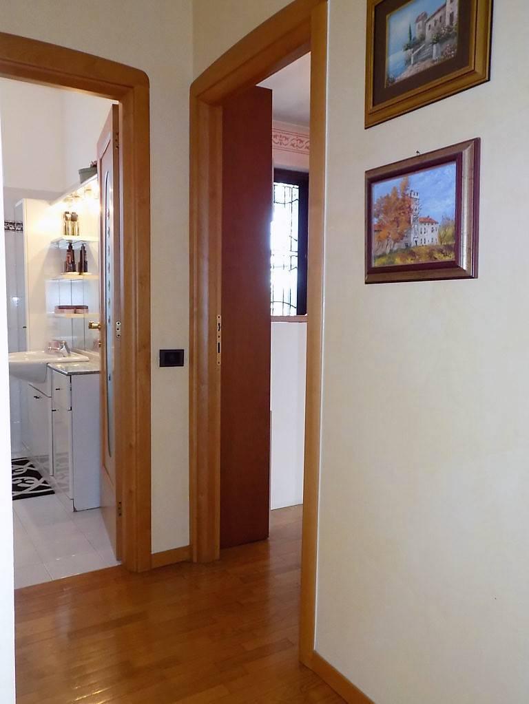 Villa-in-vendita-a-Arcore-in-Brianza-19