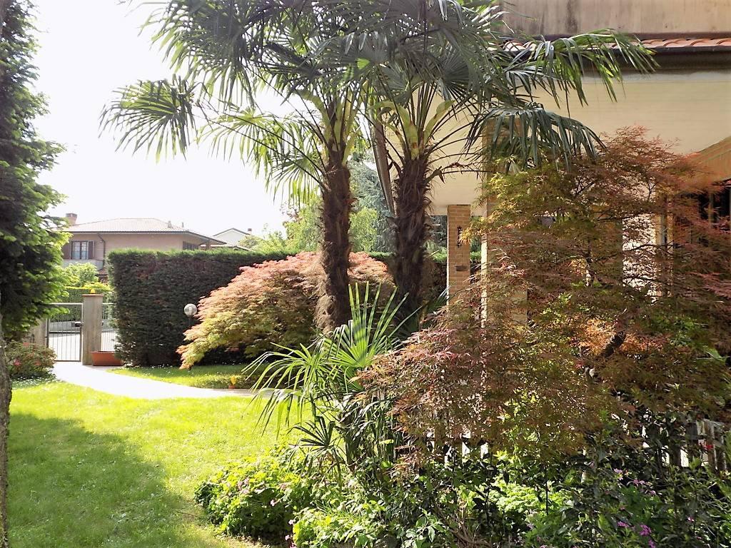 Villa-in-vendita-a-Arcore-in-Brianza-22