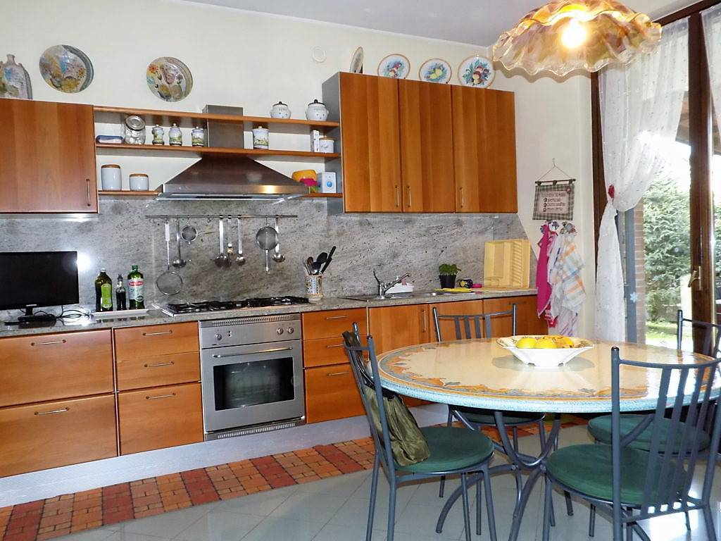 Villa-in-vendita-a-Arcore-in-Brianza-3