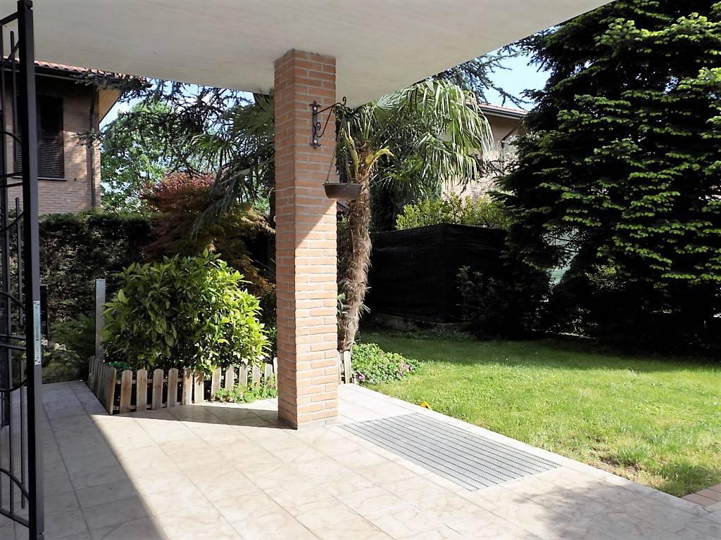 Villa-in-vendita-a-Arcore-in-Brianza-4