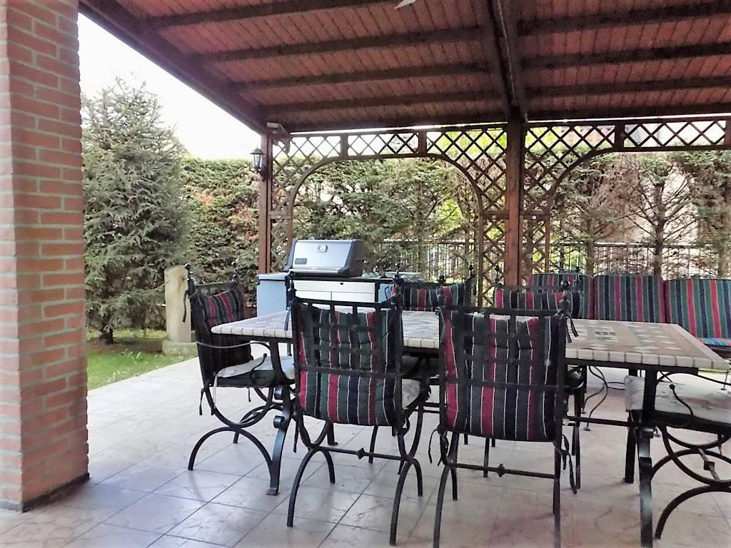 Villa-in-vendita-a-Arcore-in-Brianza-6