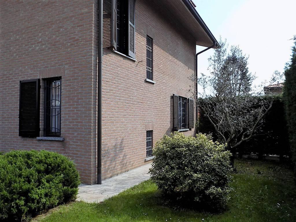 Villa-in-vendita-a-Arcore-in-Brianza-8