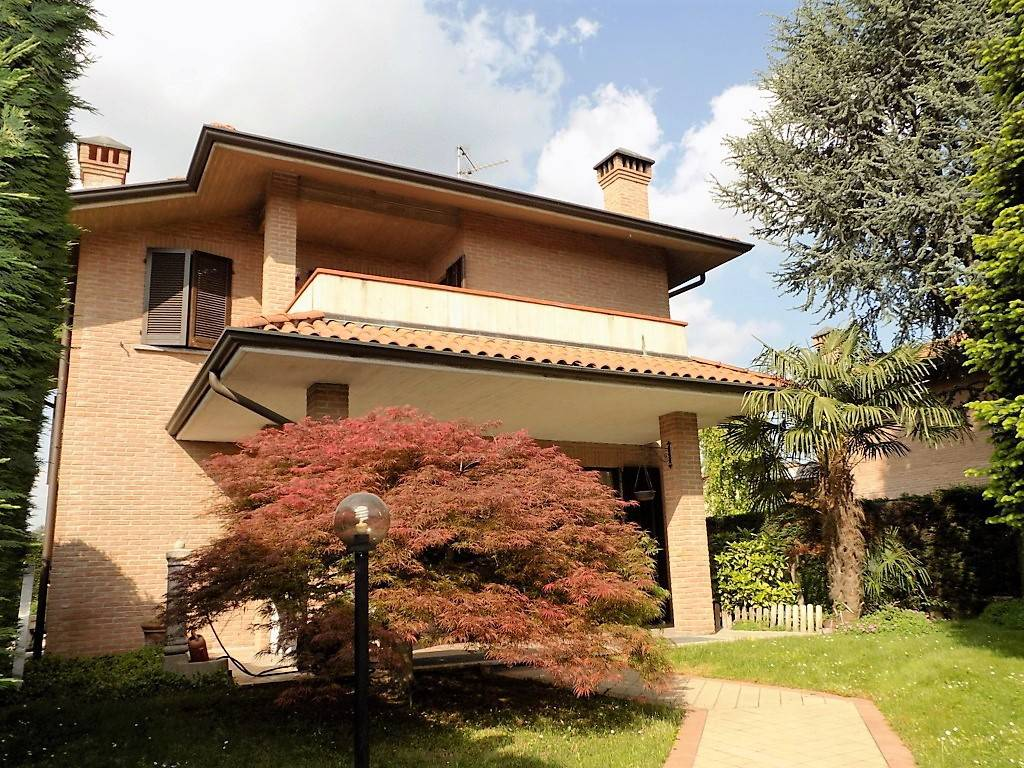 Villa-in-vendita-a-Arcore-in-Brianza