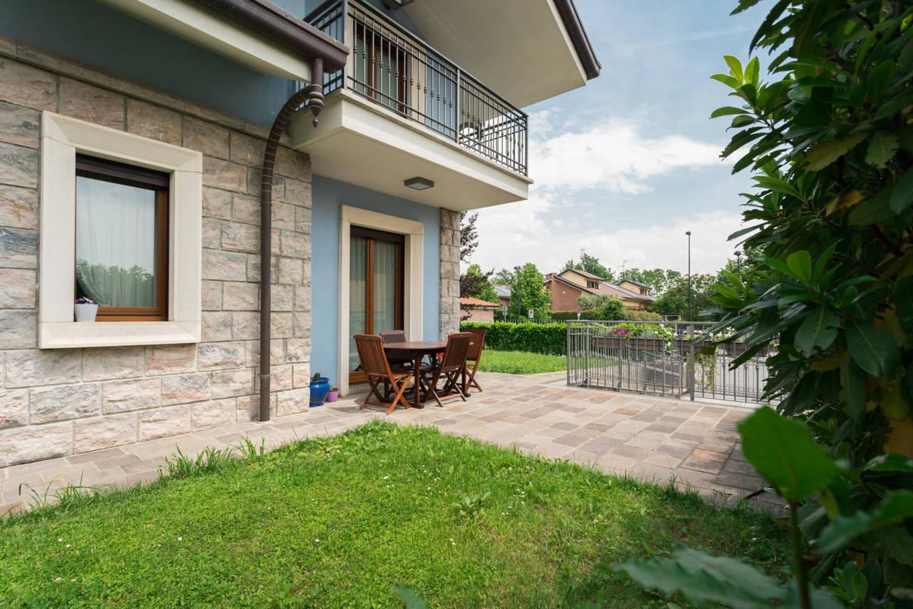 Villa-in-vendita-a-Bellusco-in-Brianza-13