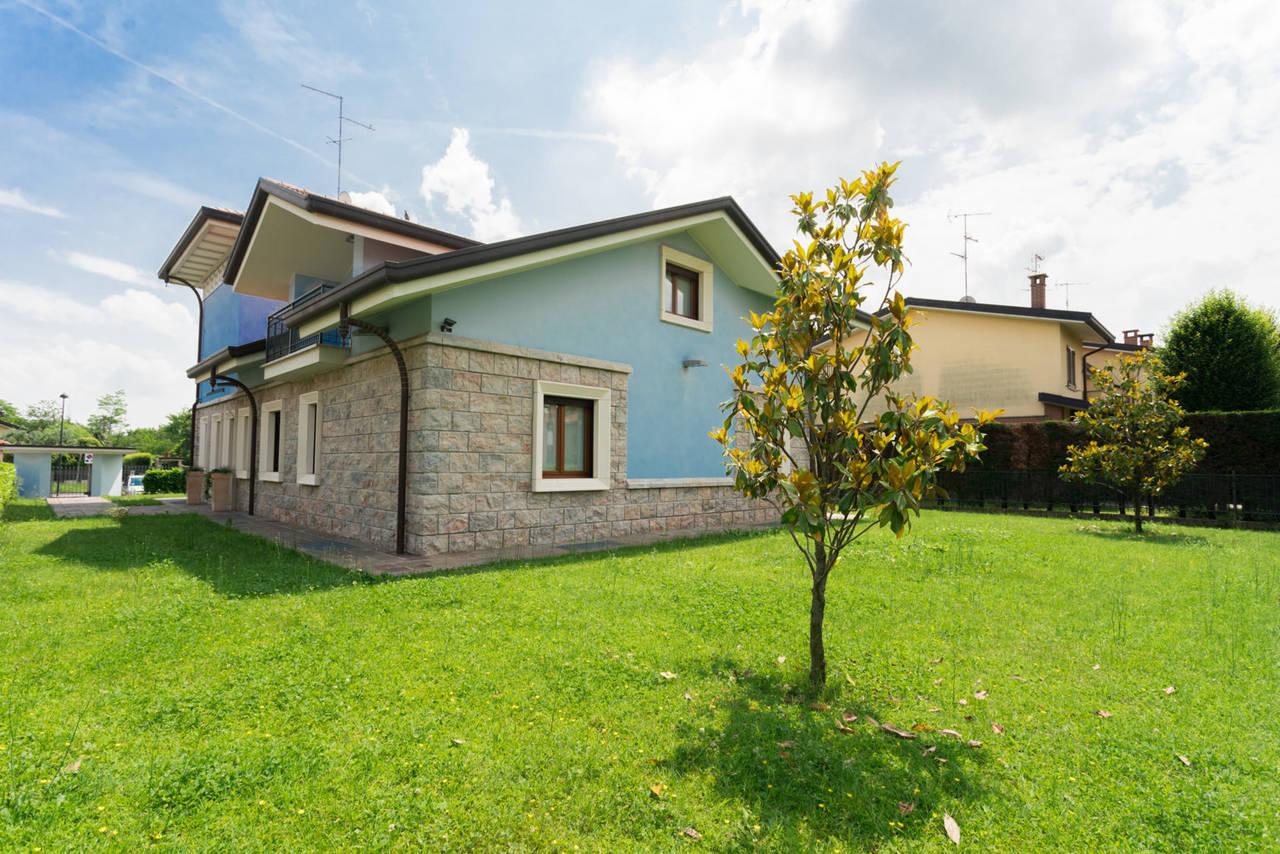 Villa-in-vendita-a-Bellusco-in-Brianza-16
