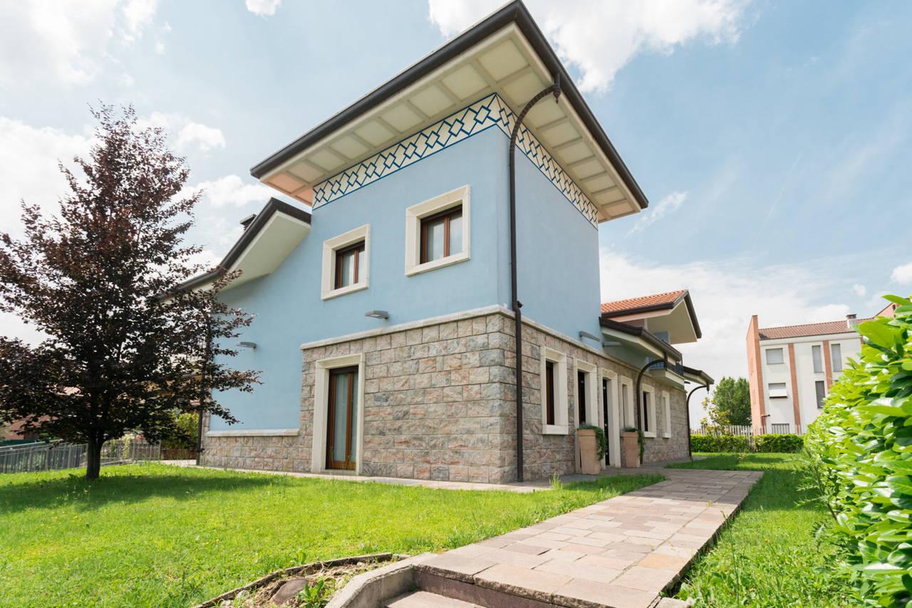 Villa-in-vendita-a-Bellusco-in-Brianza-3