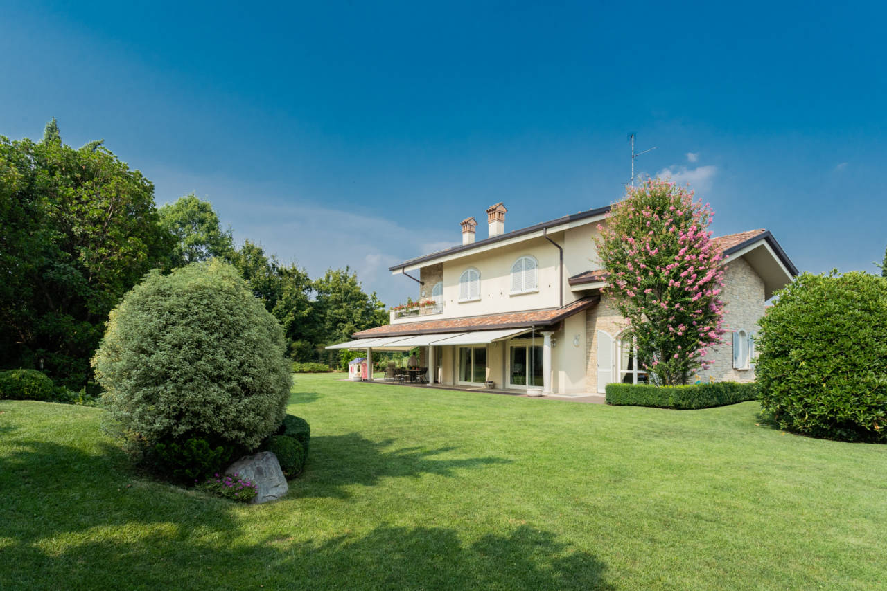 Villa in vendita a Camparada (57)