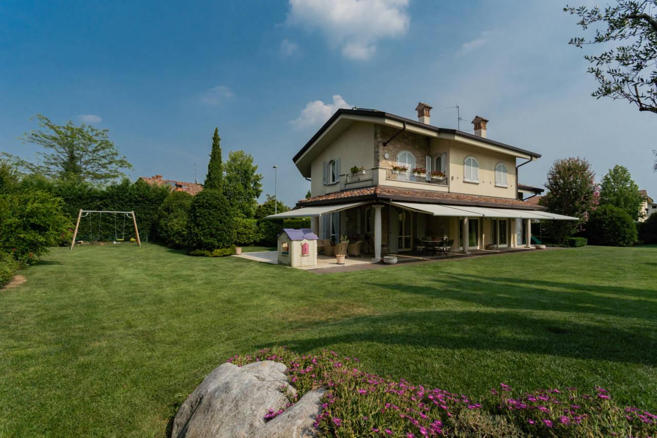 Villa in vendita a Camparada (62)