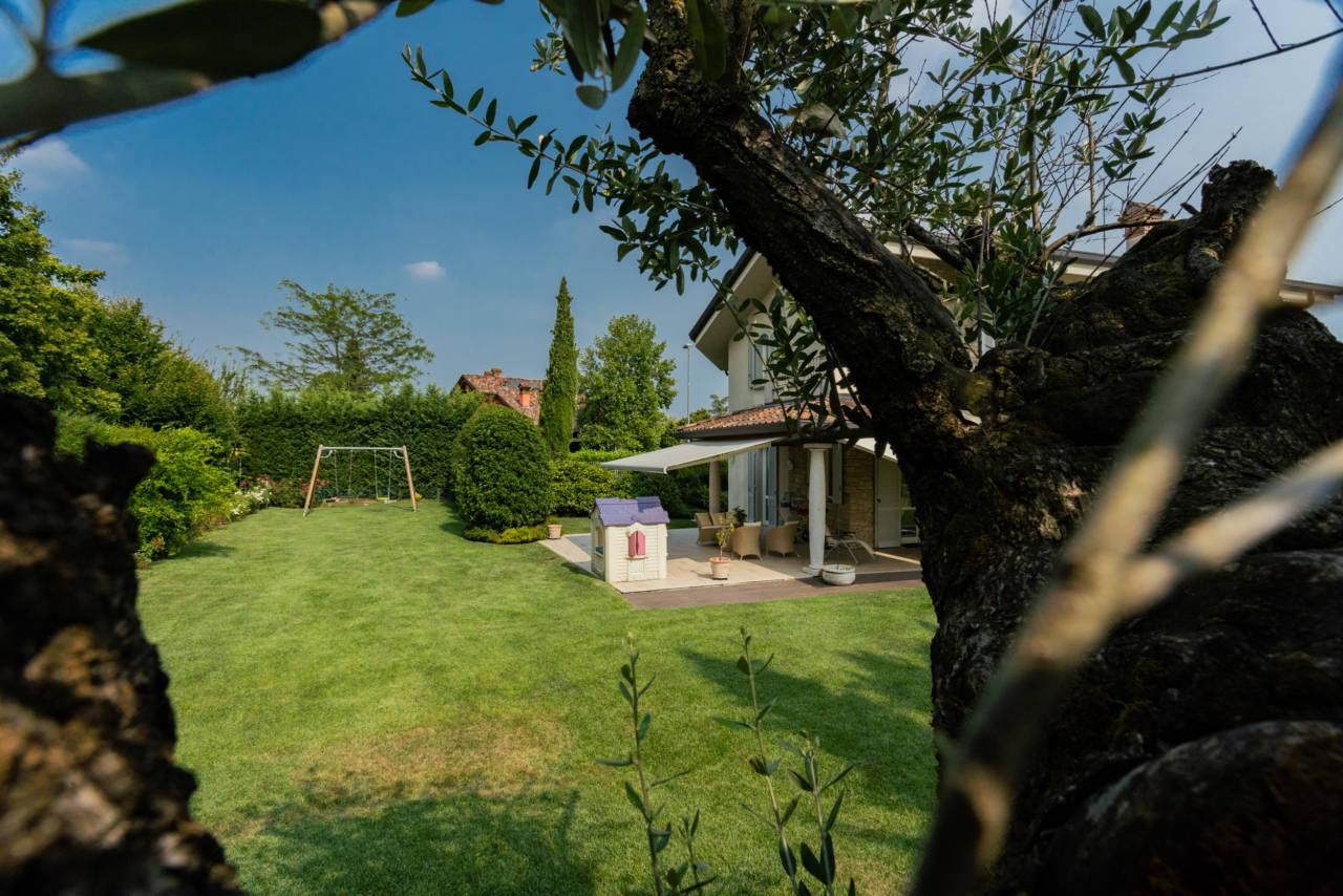 Villa in vendita a Camparada (65)