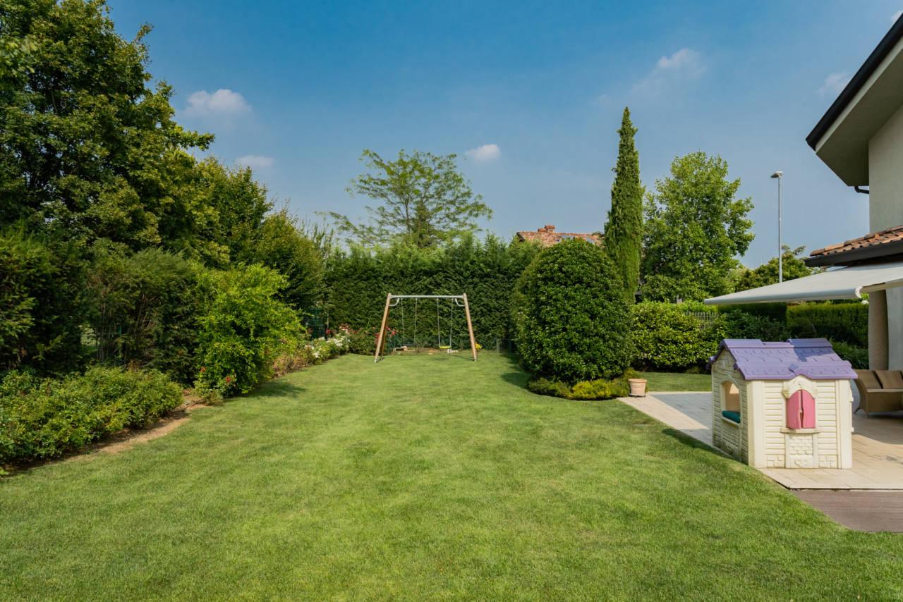 Villa in vendita a Camparada (66)
