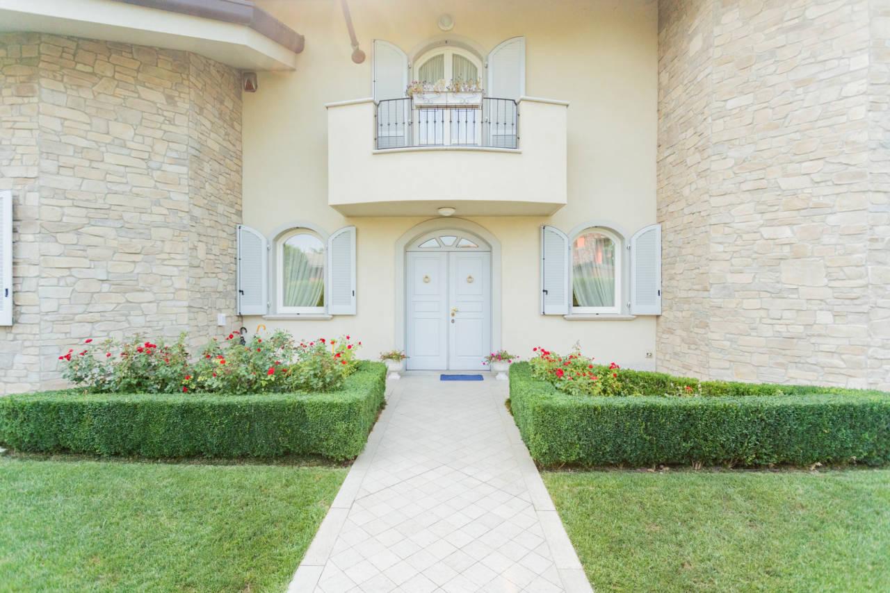 Villa in vendita a Camparada (76)