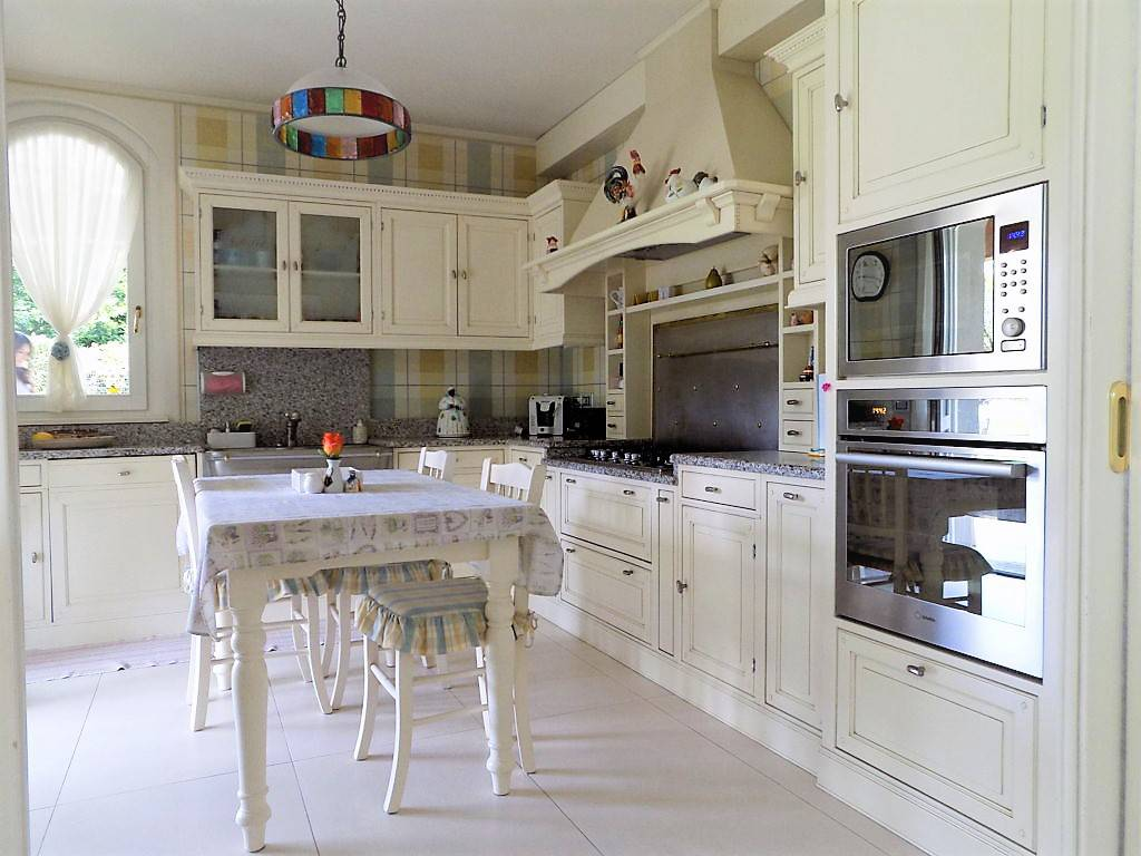 Villa-in-vendita-a-Camparada-in-Brianza-7
