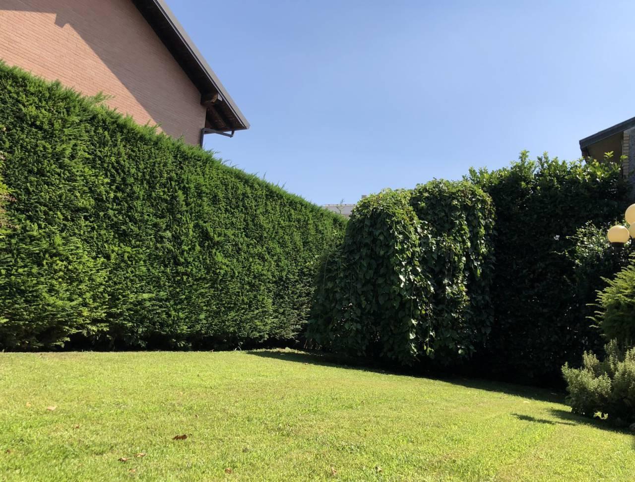 Villa-in-vendita-a-Caronno-Pertusella-23