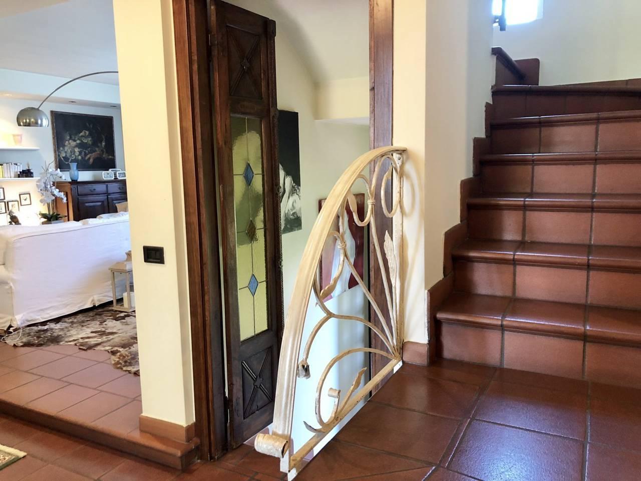 Villa-in-vendita-a-Caronno-Pertusella-24