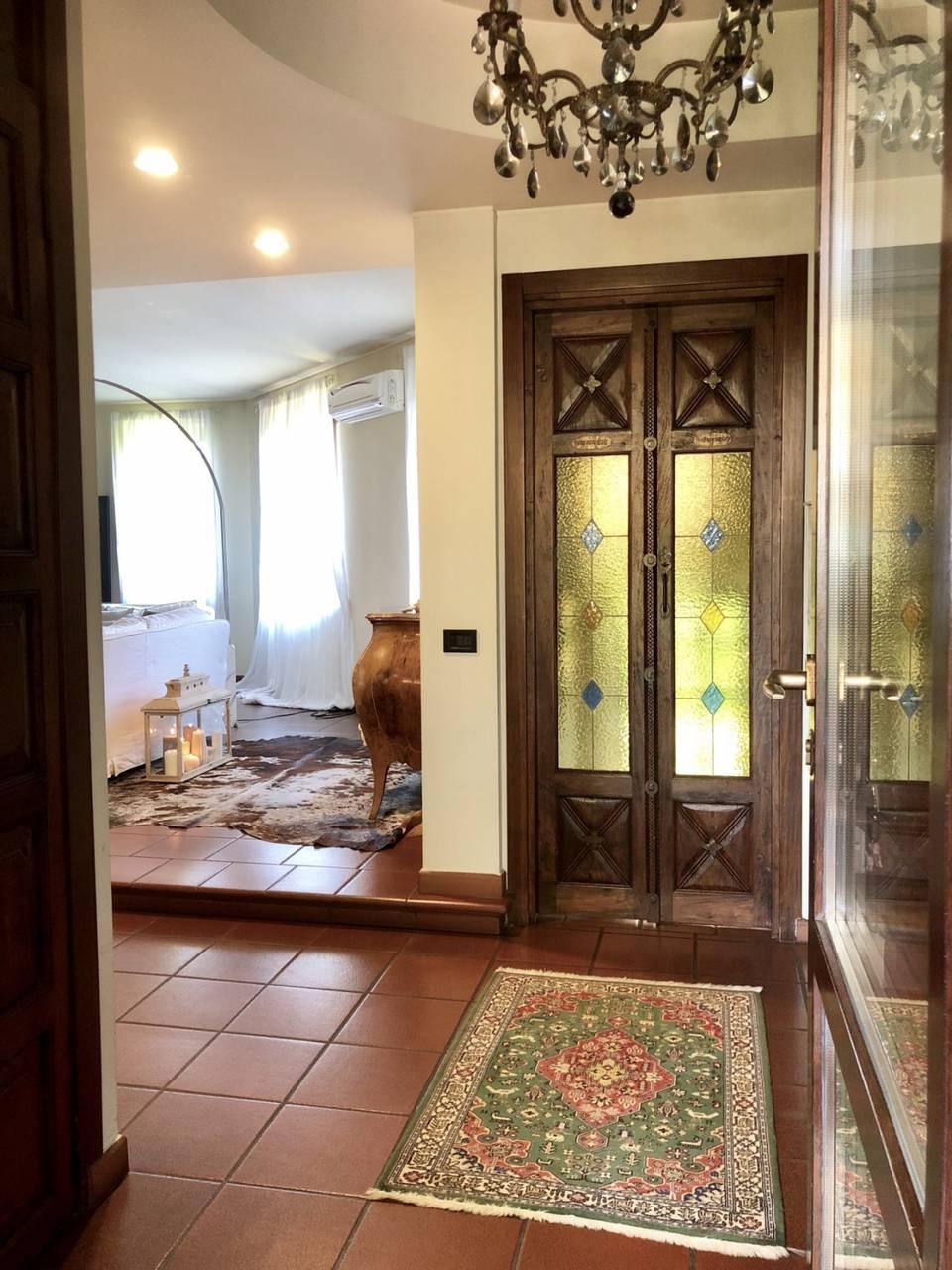 Villa-in-vendita-a-Caronno-Pertusella-35