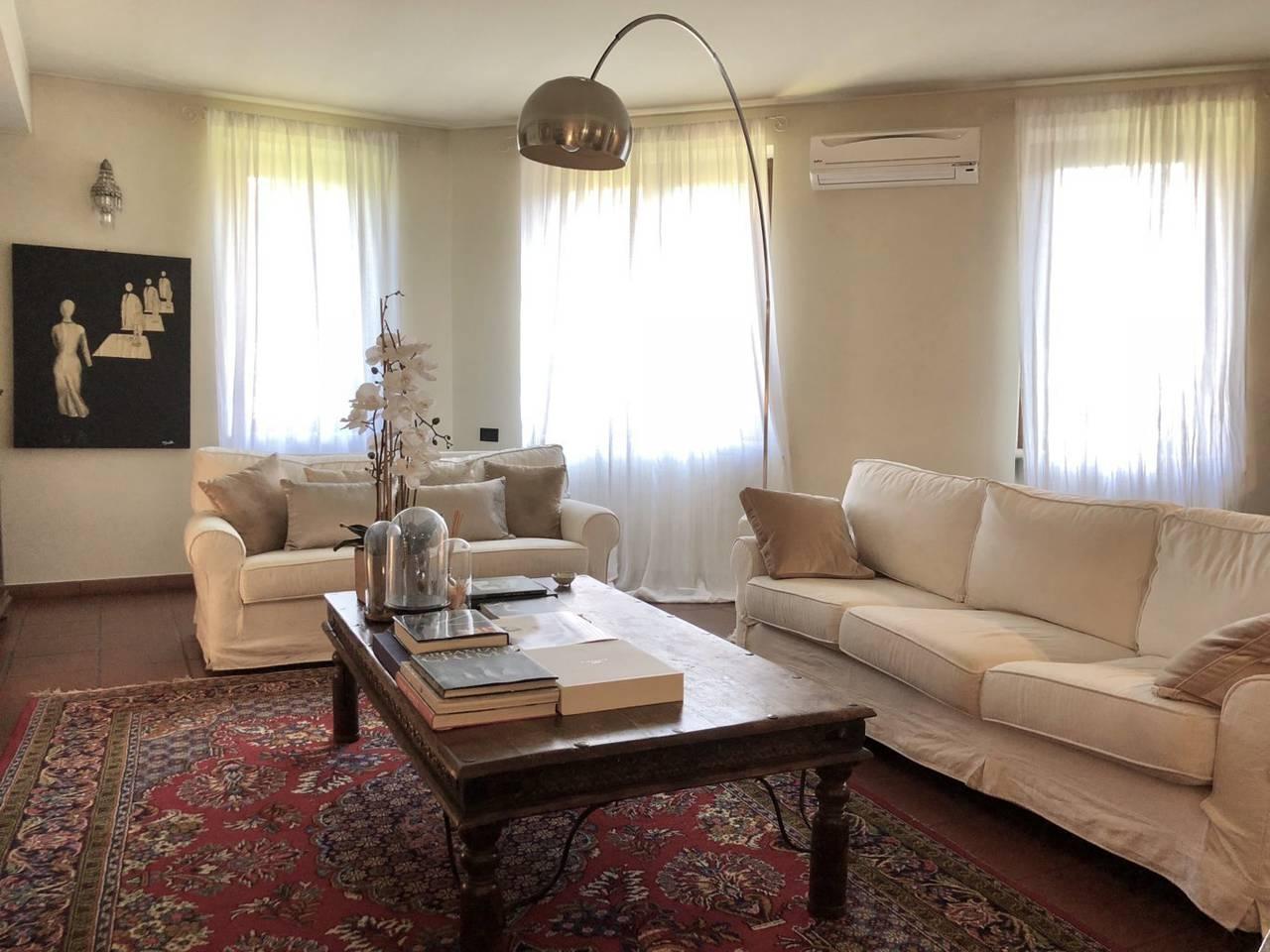Villa-in-vendita-a-Caronno-Pertusella-36