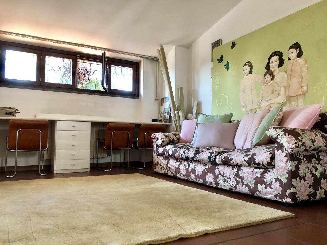 Villa-in-vendita-a-Caronno-Pertusella-41