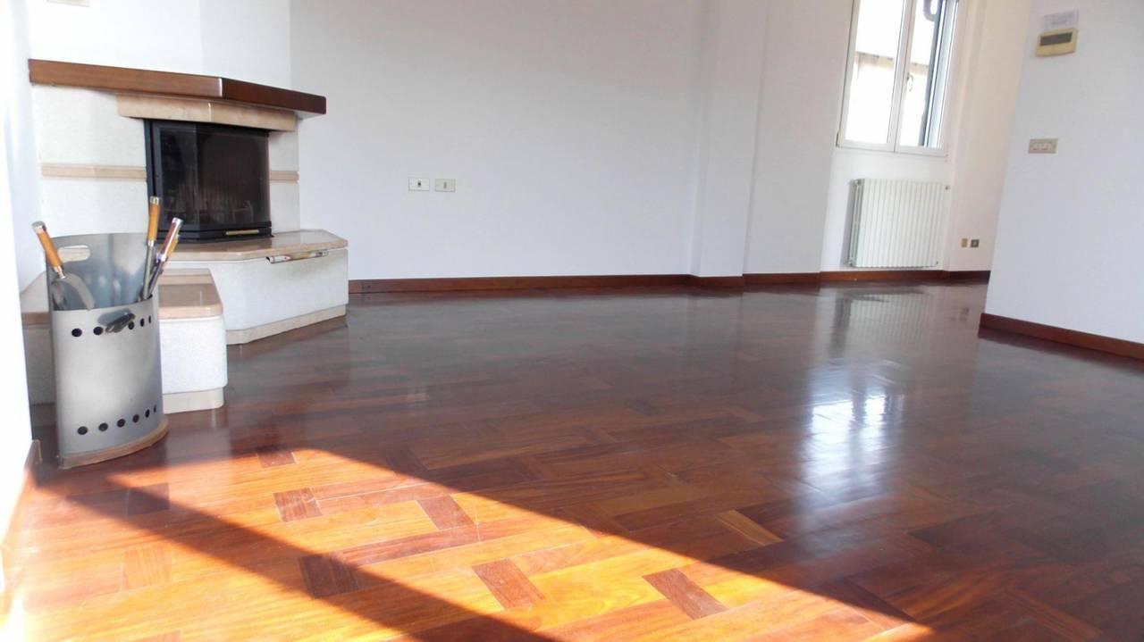 Villa-in-vendita-a-Cornate-d39Adda-Monza-Brianza-1