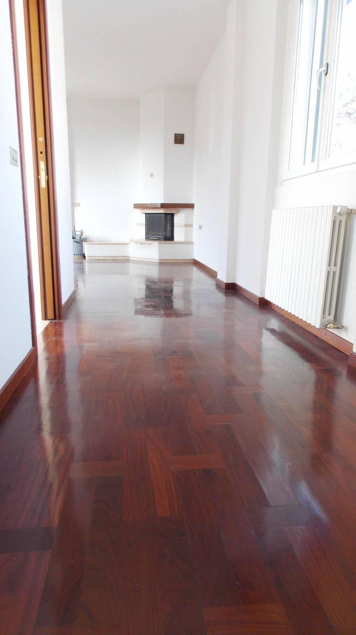 Villa-in-vendita-a-Cornate-d39Adda-Monza-Brianza-8