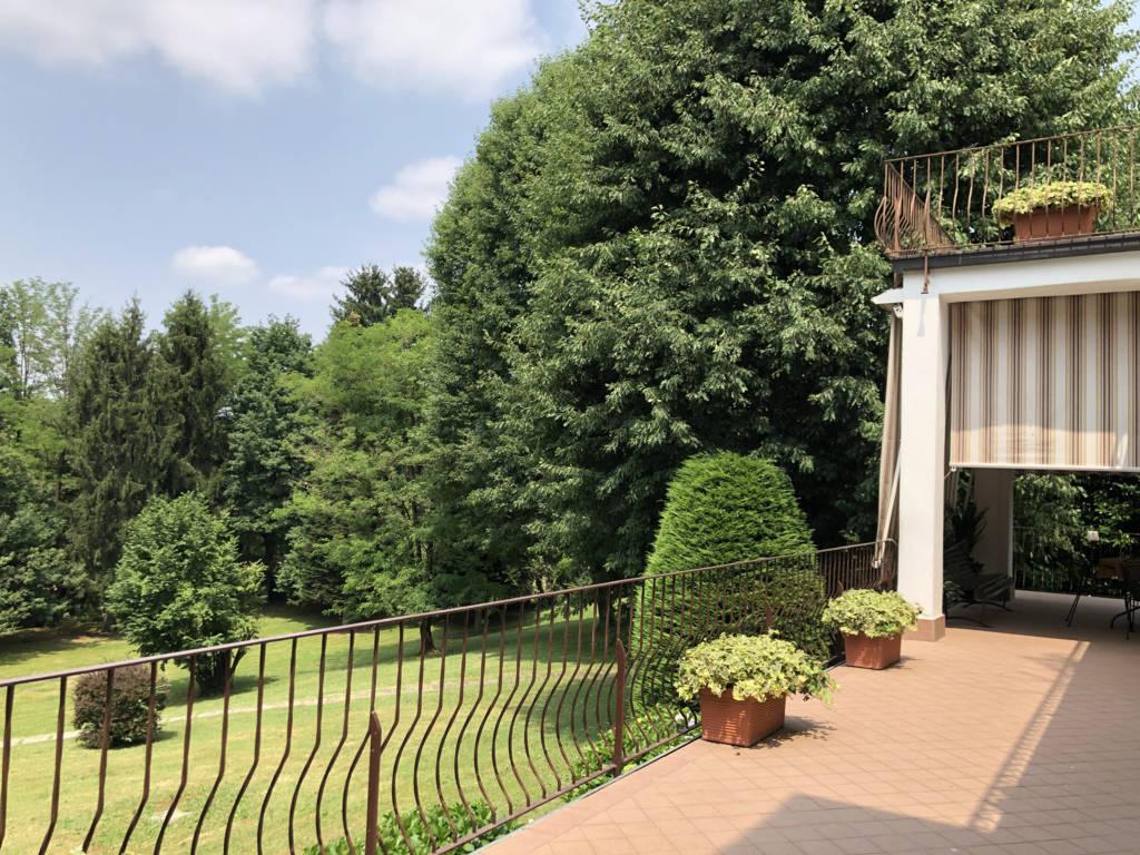 Villa-in-vendita-a-Fino-Mornasco-Como-19
