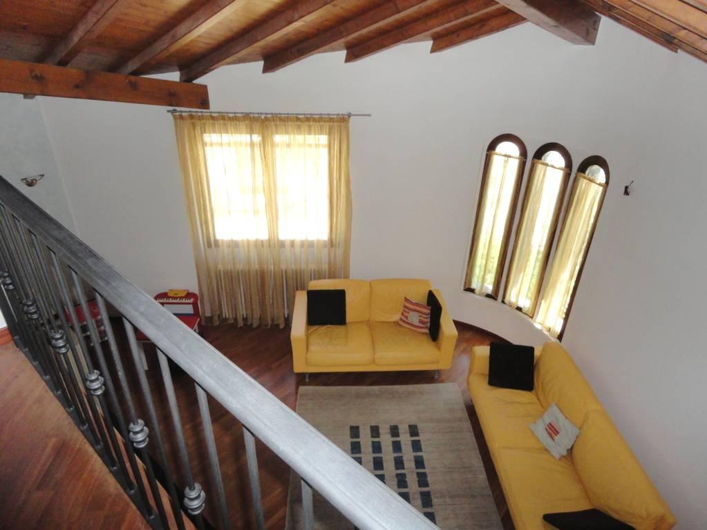 Villa-in-vendita-a-Lomagna-Lecco-1