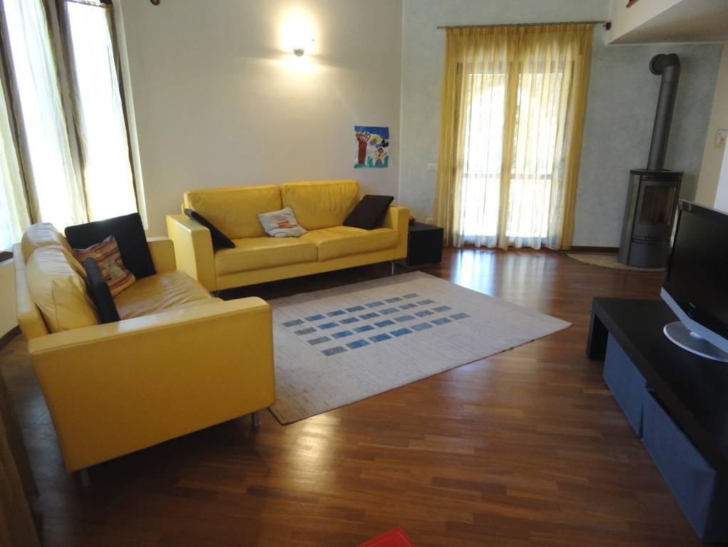 Villa-in-vendita-a-Lomagna-Lecco-11