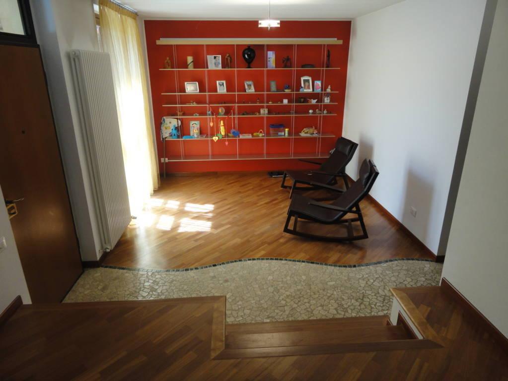 Villa-in-vendita-a-Lomagna-Lecco-8