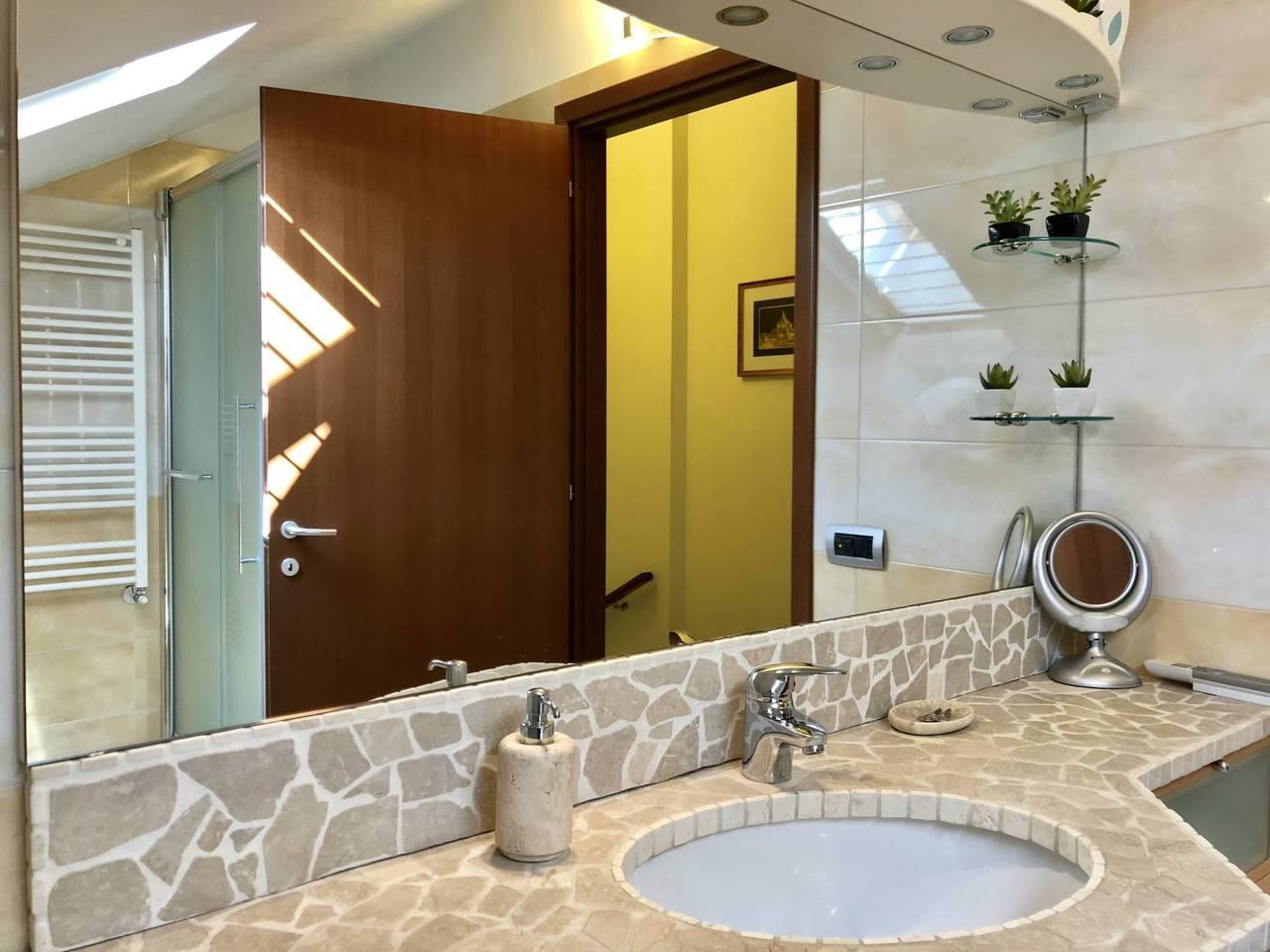 Villa-in-vendita-a-Mezzago-in-Brianza-20