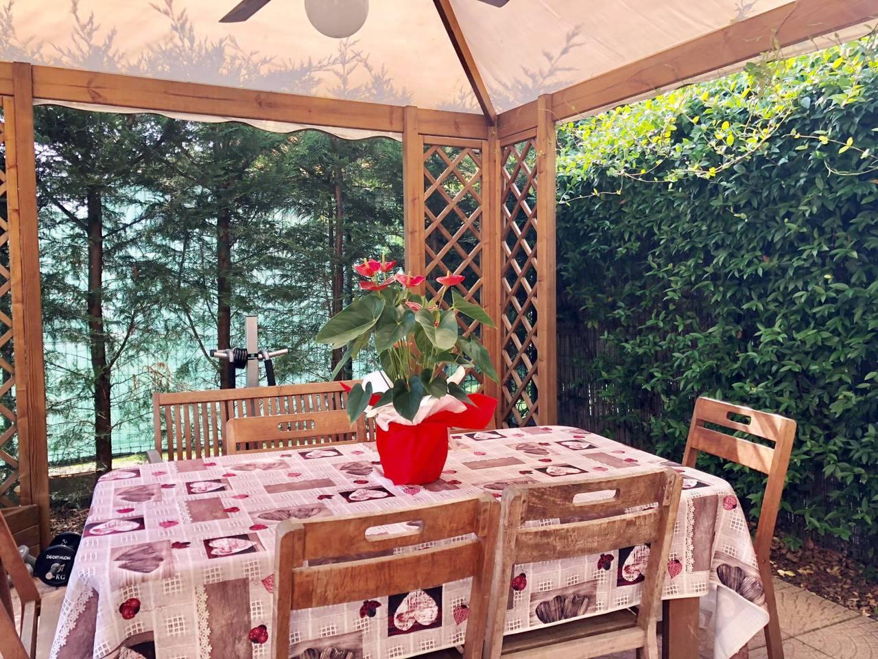 Villa-in-vendita-a-Mezzago-in-Brianza-3