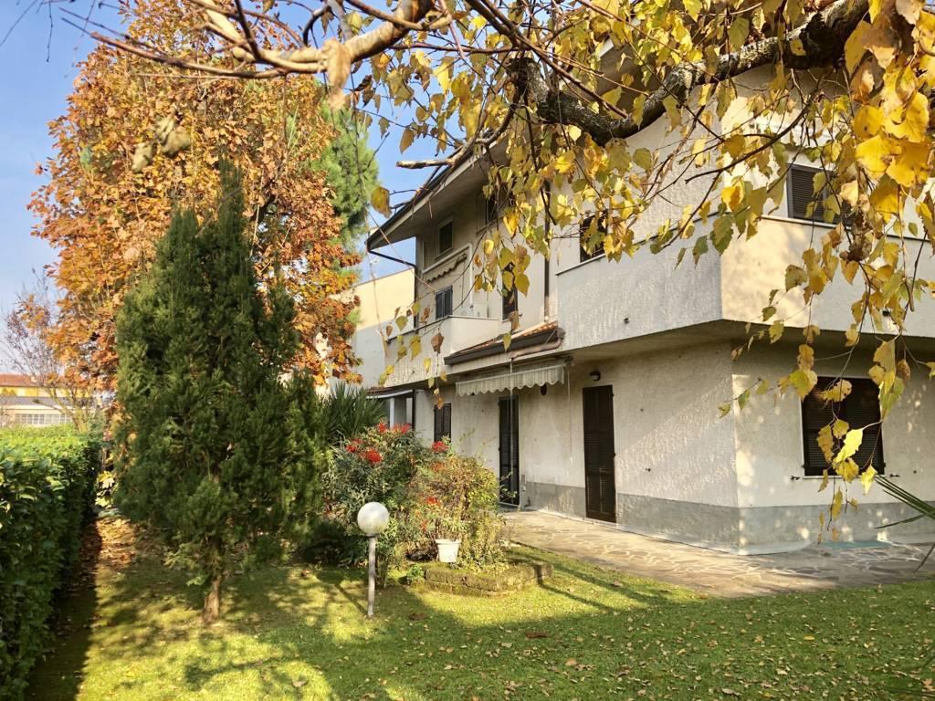 Villa-in-vendita-a-Ornago-23