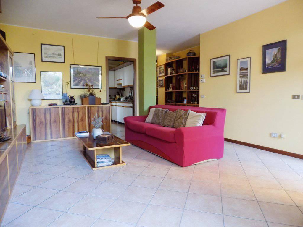 Villa-in-vendita-a-Roncello-in-Brianza-11