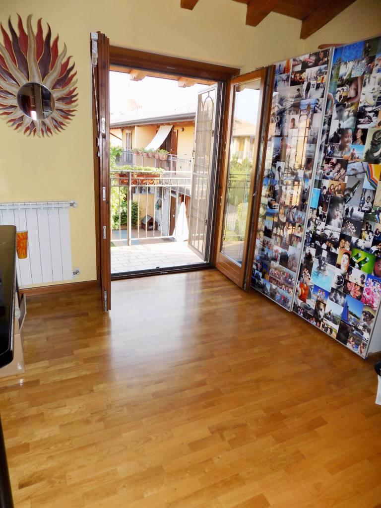 Villa-in-vendita-a-Roncello-in-Brianza-12
