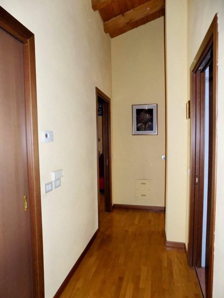 Villa-in-vendita-a-Roncello-in-Brianza-14