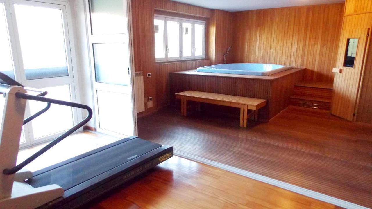 Villa-piscina-in-vendita-a-Cernusco-Lombardone-in-Brianza-12