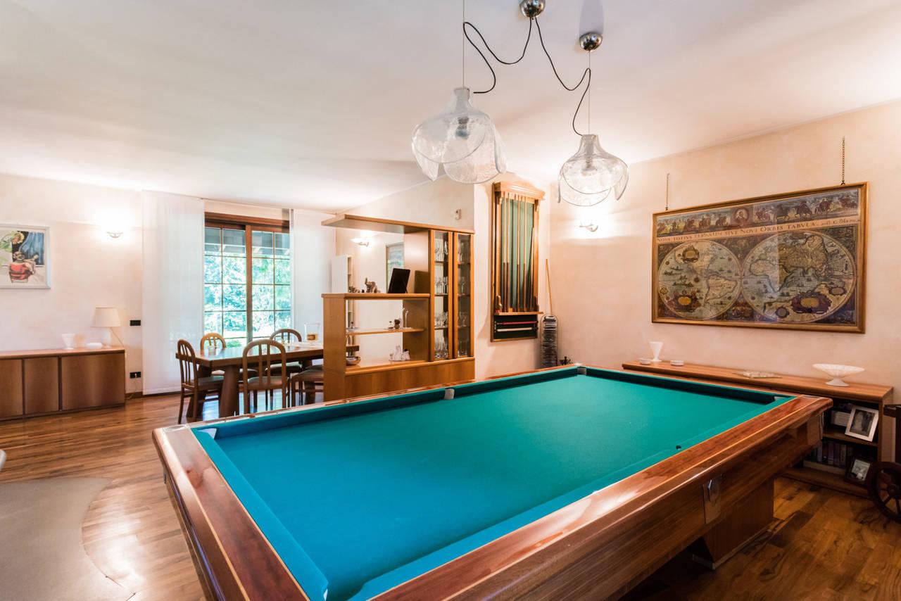 Villa-singola-con-grande-giardino-in-vendita-a-Bellusco-15