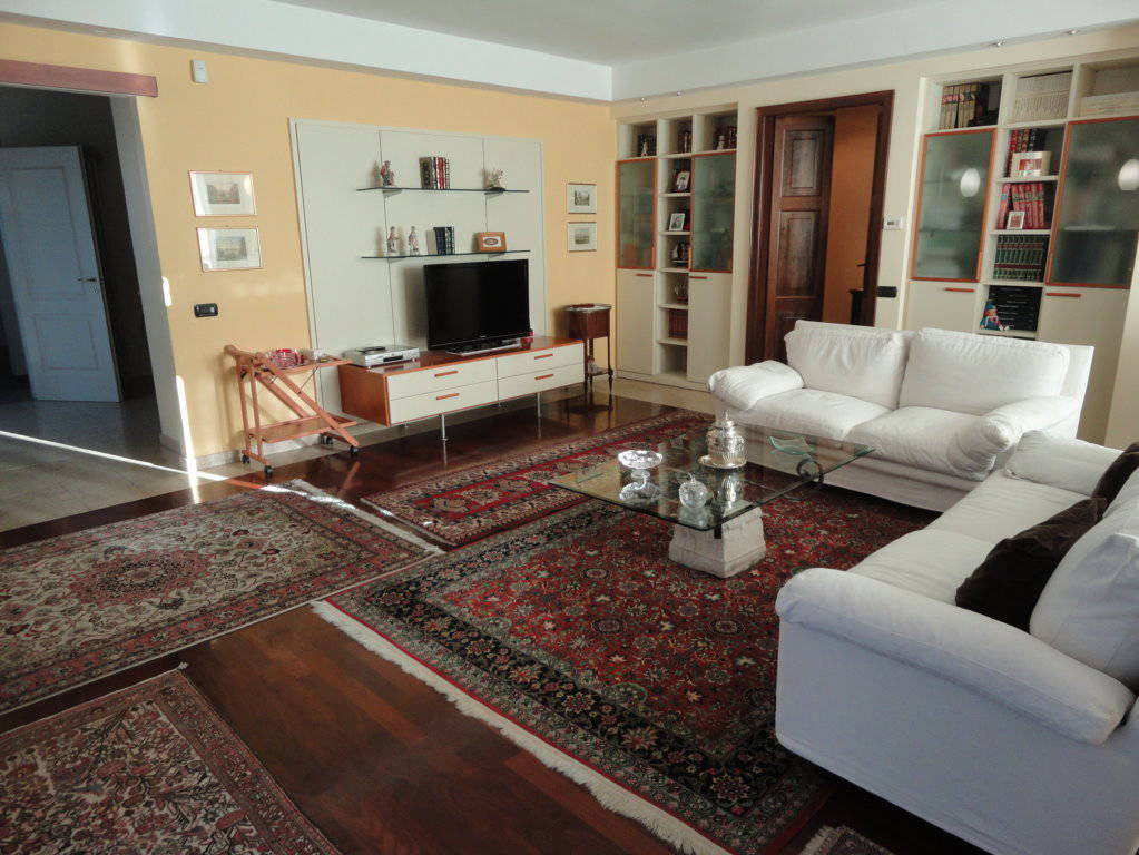 Villa-singola-in-vendita-Cavenago-Brianza-1