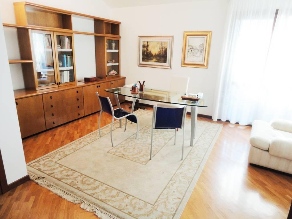 Villa-singola-in-vendita-Cavenago-Brianza-14