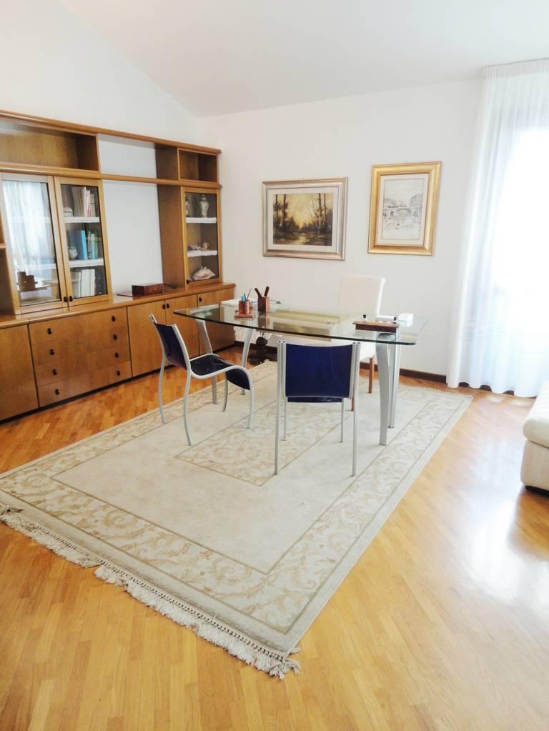 Villa-singola-in-vendita-Cavenago-Brianza-16