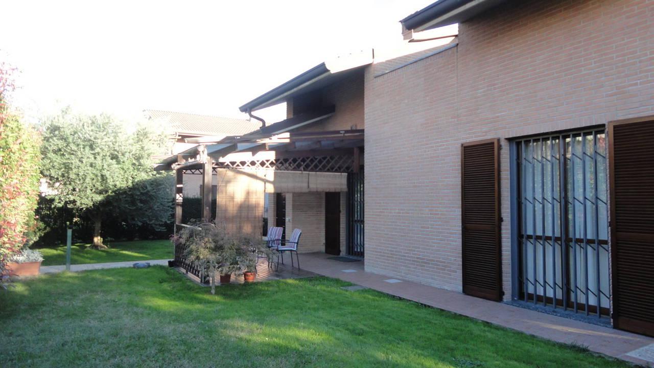 Villa-singola-in-vendita-Cavenago-Brianza-30