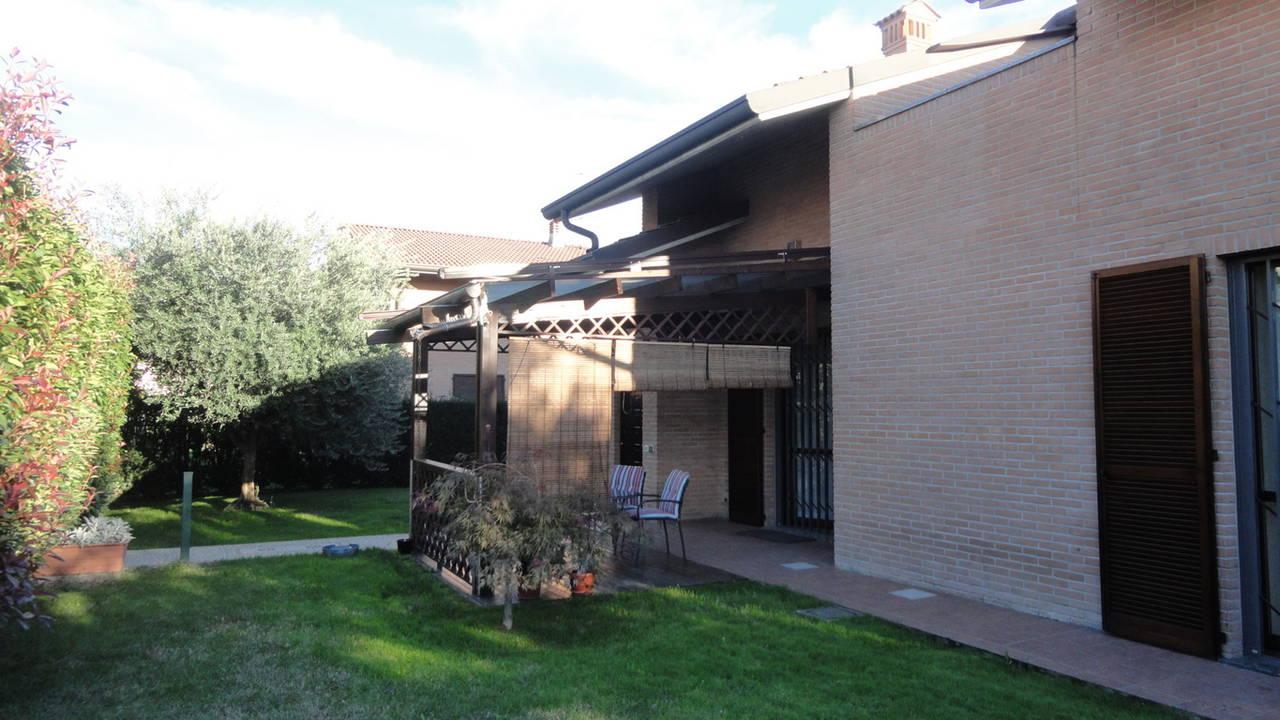 Villa-singola-in-vendita-Cavenago-Brianza-32