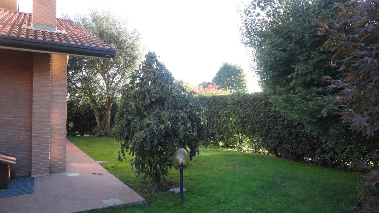Villa-singola-in-vendita-Cavenago-Brianza-38