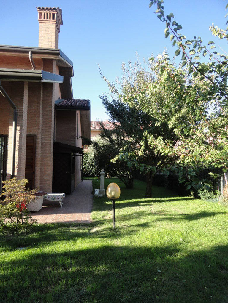 Villa-singola-in-vendita-Cavenago-Brianza-8