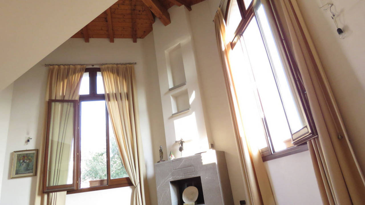 Villa-singola-in-vendita-a-Bernareggio-in-Brianza-1