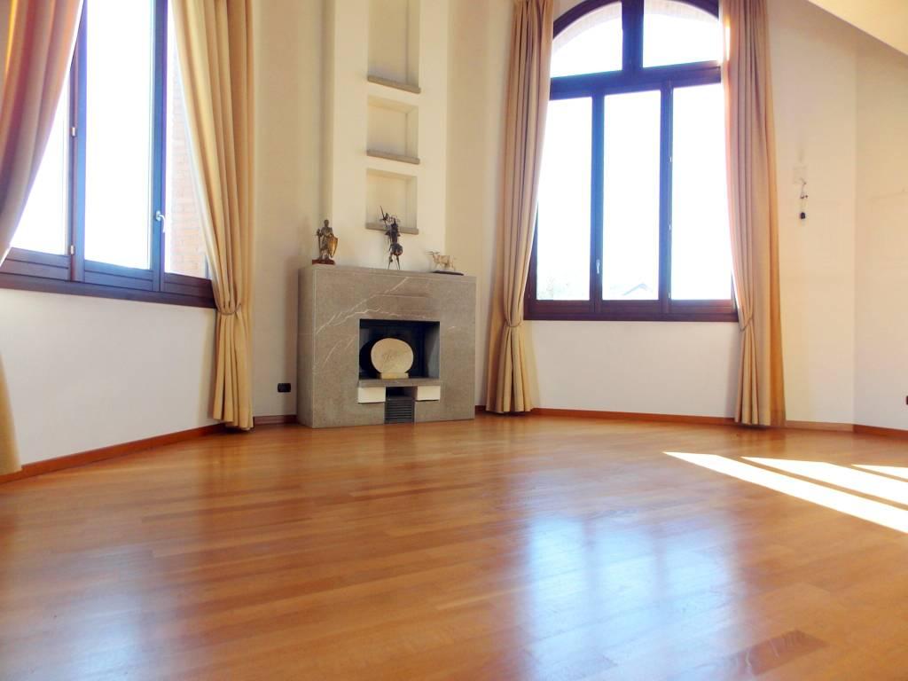 Villa-singola-in-vendita-a-Bernareggio-in-Brianza-12