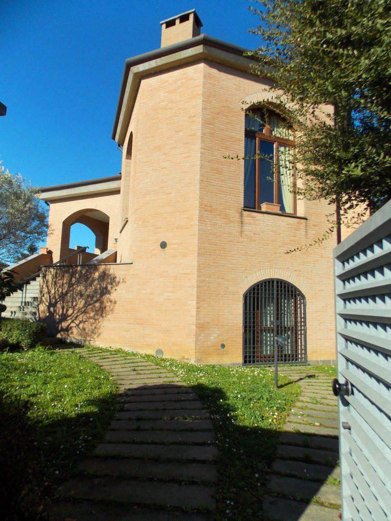 Villa-singola-in-vendita-a-Bernareggio-in-Brianza-14
