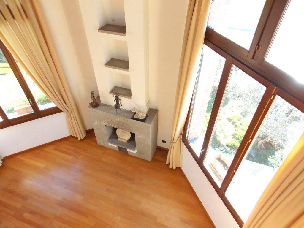 Villa-singola-in-vendita-a-Bernareggio-in-Brianza-15
