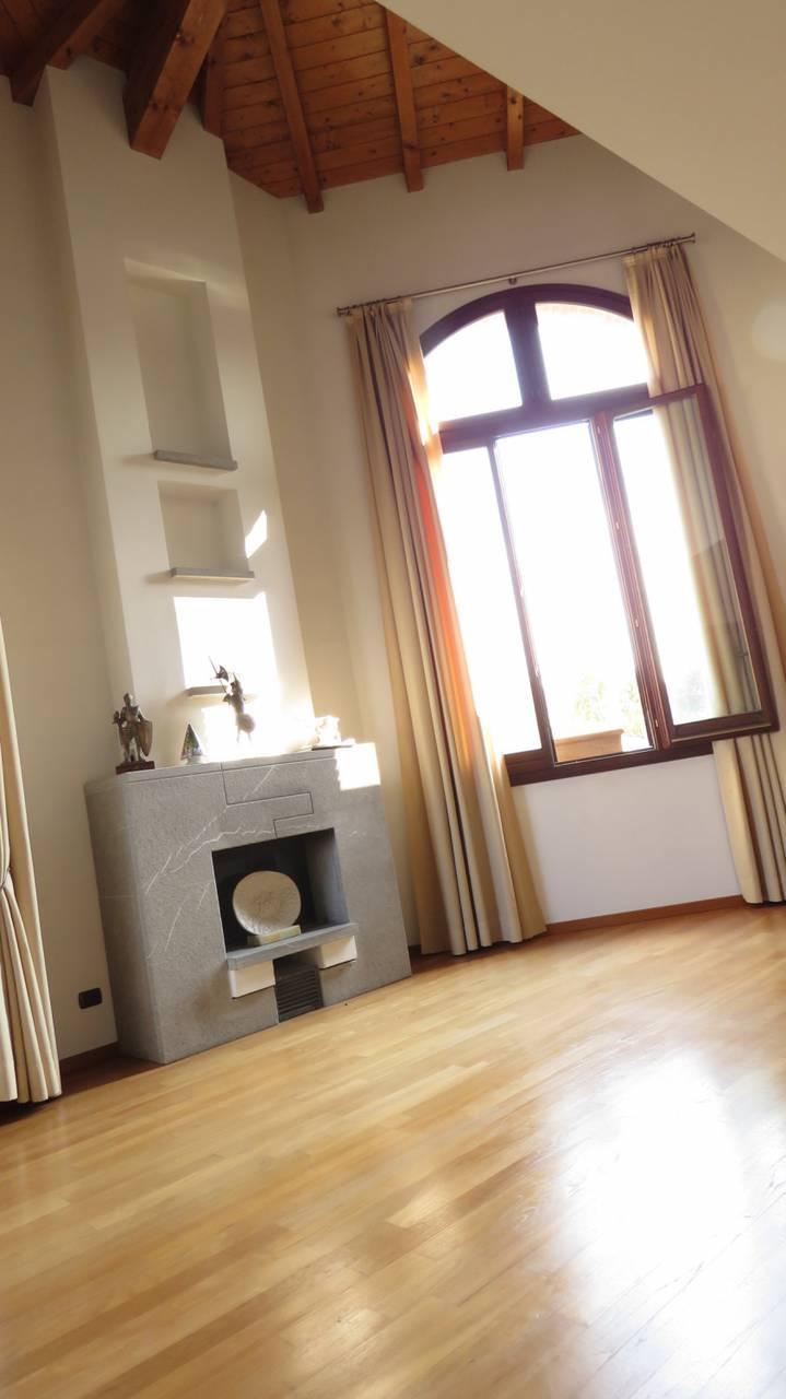 Villa-singola-in-vendita-a-Bernareggio-in-Brianza-22