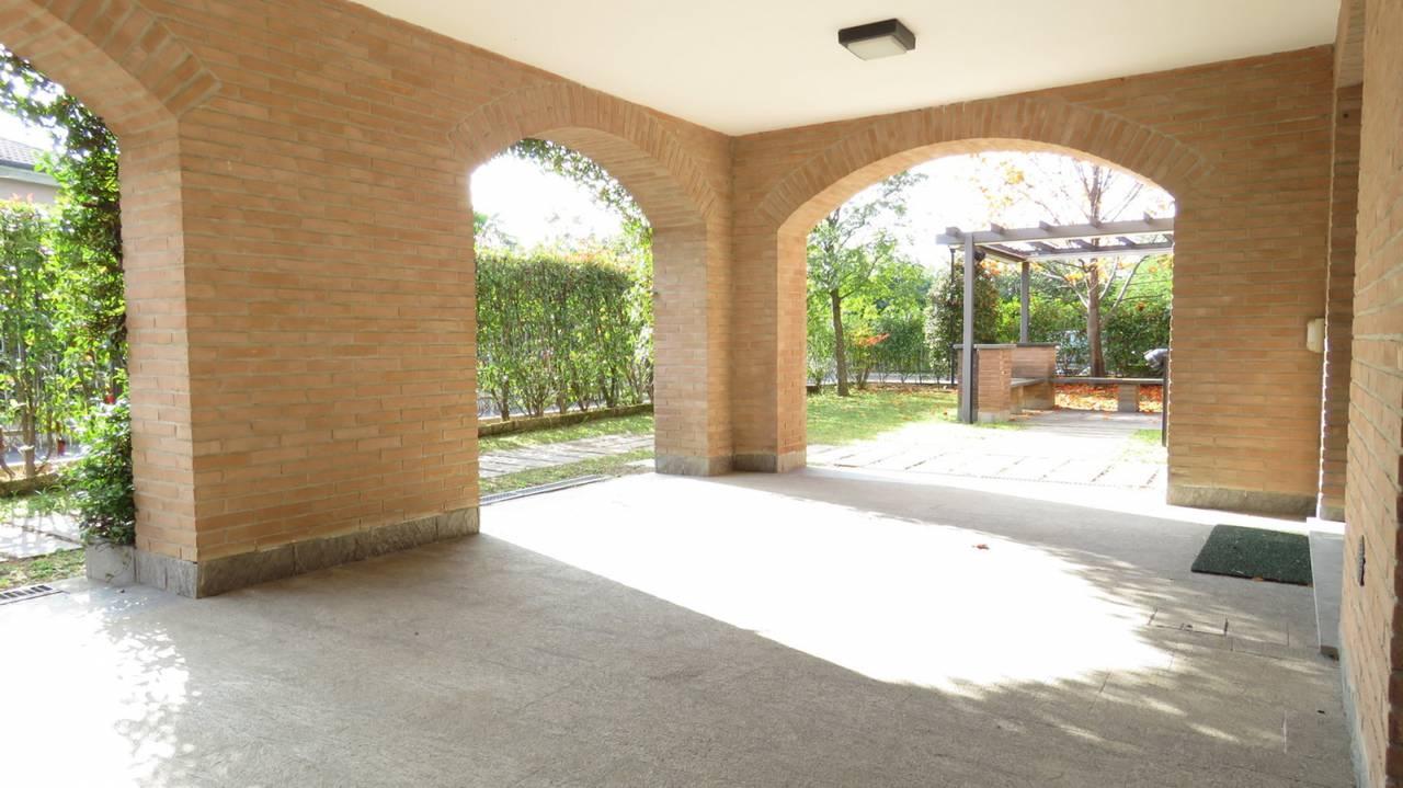 Villa-singola-in-vendita-a-Bernareggio-in-Brianza-36